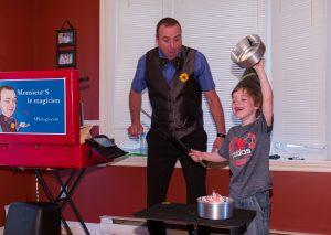 Monsieur S le magicien pour enfants- Thomas le magicien